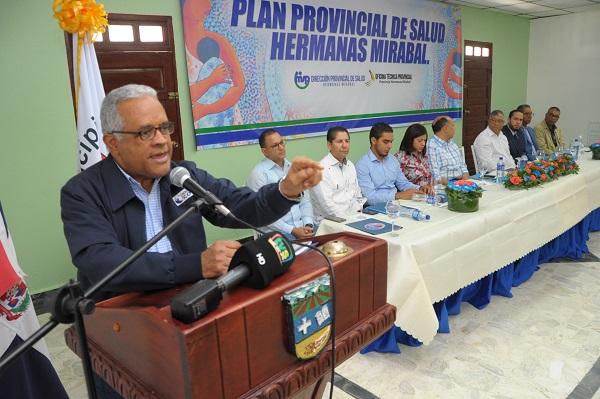 Ministro de Salud presenta Plan Provincial de Salud en Hermanas Mirabal