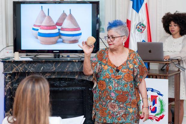 Embajada de RD en Francia realiza conferencias de Folklore e Identidad Dominicana