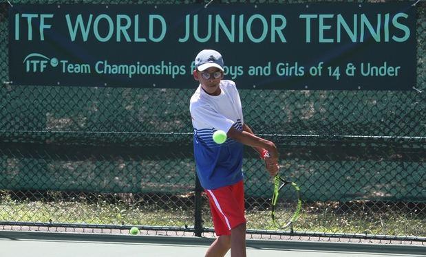 RD doblega a Honduras y avanza a la final del tenis juvenil regional