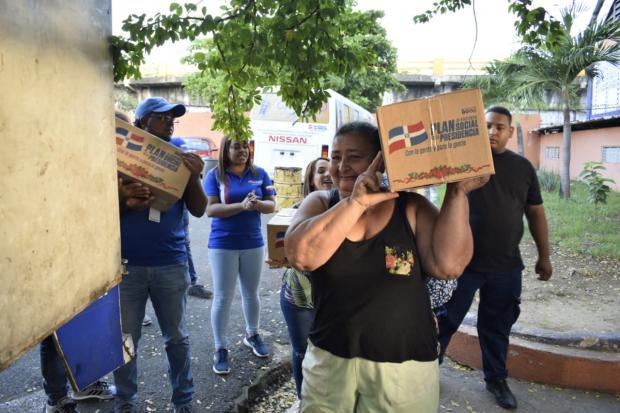 Plan Social realiza amplio operativo de fin de año en el Gran Santo Domingo