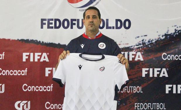 El cubano Benítez asume como entrenador de la selección nacional sub'20