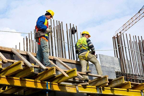 Expertos debaten los temas más actuales sobre riesgos Laborales