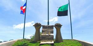 Monumento expedición 14 de Junio.