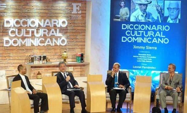 Un diccionario condensa la cultura dominicana, de la A a la Z