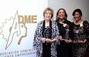 Dinorah Subero de Quezada, Irene Morillo,e Indiana Tamarez.