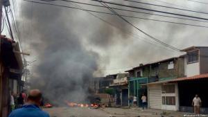 Casa de Hugo Chavez incendiada