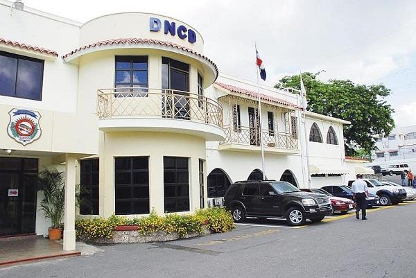 Autoridades dominicanas decomisan 91 paquetes de droga en avión iba a Francia