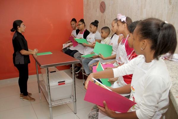 Hábitos Saludables: taller de nutrición para niños y adolescentes