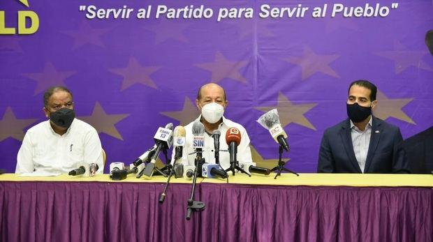 El Partido de la Liberación Dominicana denunció este lunes que el Partido Revolucionario Moderno (PRM) presiona a las juntas electorales de los municipios Bajos de Haina y Barahona para intentar despojarle de dos diputaciones obtenidas en las elecciones del pasado 5 de julio.