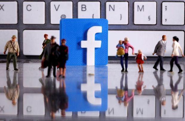 Facebook demanda a una empresa española por vender