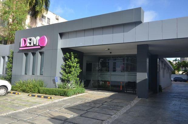 Fachada del centro de Imágenes Diagnósticas Especializadas de la Mujer, IDEM.