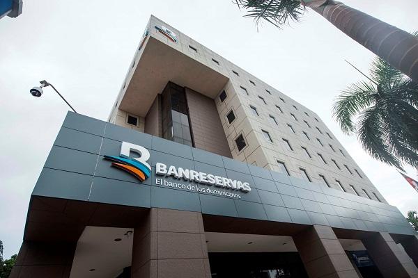 World Finance premia en 4 categorías a Banreservas como Mejor Banco de RD