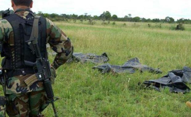 Un nuevo informe de ejecuciones extrajudiciales, o 'falsos positivos', asegura que al menos 300 personas, entre ellas varios indígenas de los pueblos wiwa, wayú y kankuamo, fueron asesinadas en el norte del país entre 2003 y 2008 por tropas de la Primera División del Ejército.