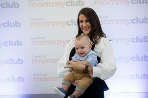 Patricia Lozada y el bebé Alonso Ferreiro.