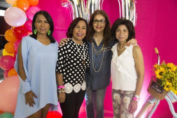 Ynmaculada Cruz Hierro, Zoila Puello, Olga Lara y Rhina Ibert.