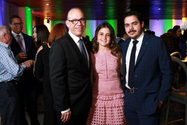 Fausto Arturo Pimentel, Maria José Ramos y Miguel Pimentel.