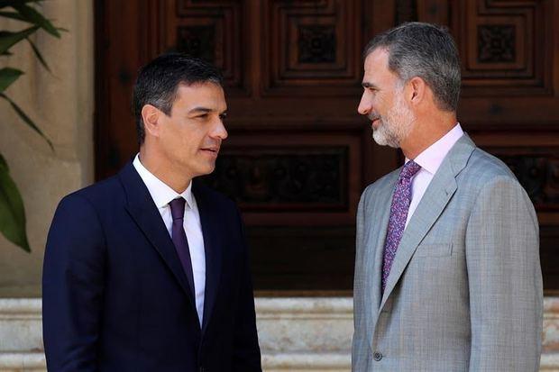 El rey completa con Sánchez la ronda de consultas