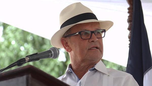 Senador por Sánchez Ramírez, Félix Vásquez.
