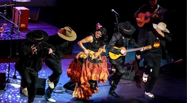 Colombia festeja su Bicentenario de la Independencia con un evento cultural en la Plaza España