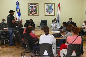 FINJUS imparte taller al personal de la Alcaldíade Boca Chicaatravés de la mesa local seguridad ciudadanía y género.