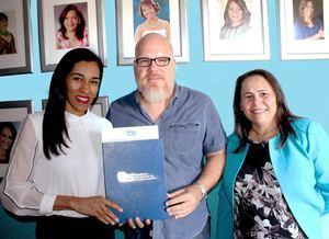 Rosa Arredondo, Patricio Correa y Yosarah Fernández.