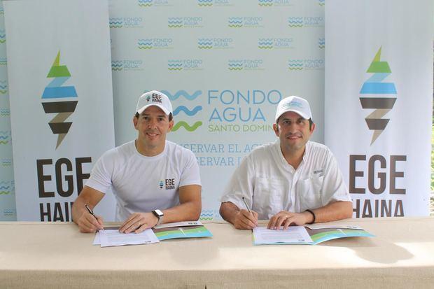 Luis Mejía Brache y Roberto Herrera.