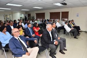 Realizan conferencia sobre arbitraje y poder judicial