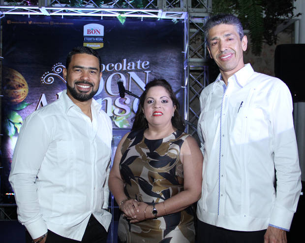 Roberto Caraballo, Carolina Pantaleón y Luis Fernando Enciso.