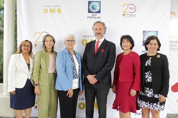 AFP Popular, Instituto OMG y la Escuela Nacional de la Judicatura celebran Diplomado