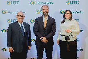 David Álvarez Martín, Dennis Simó Álvarez y Francesca Luna