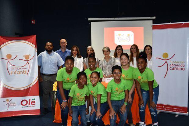 """""""Comprometidos por el Buen Trato Infantil"""" impacta a más de 1850 familias en el Distrito Nacional"""