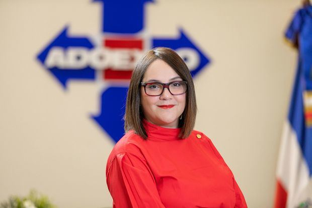 Foto 2, Elizabeth Mena, presidenta de ADOEXPO