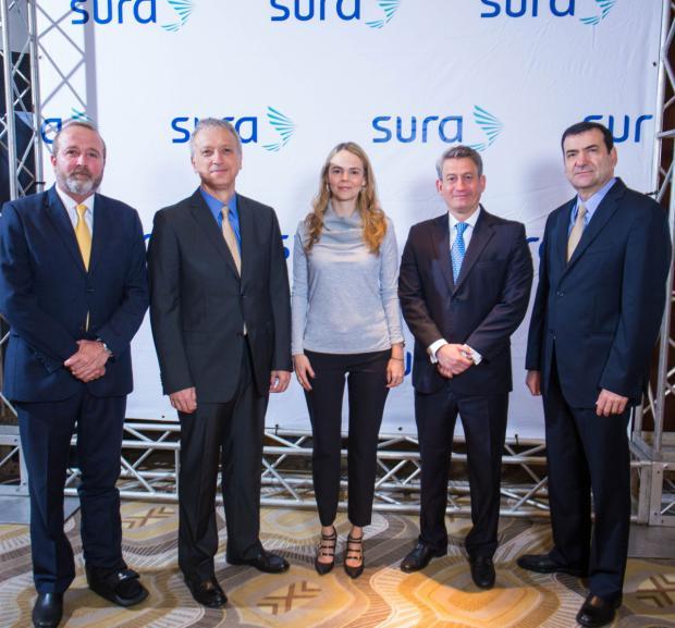 Seguros SURA realiza conversatorio sobre la Gestión de Tendencias y Riesgos