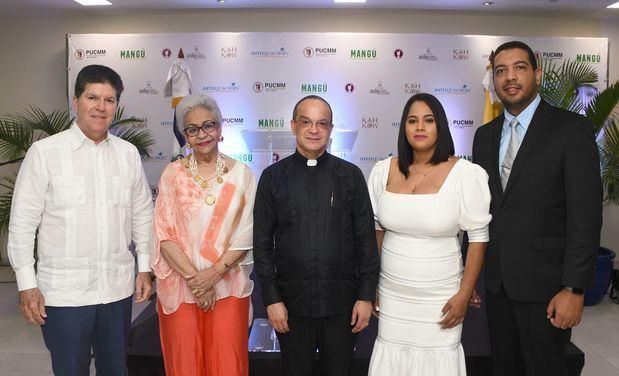 Luis Ros, Esperanza de Lithgow, Ramón Alfredo De la Cruz Baldera, Patricia Colón y Rafael Reyes.