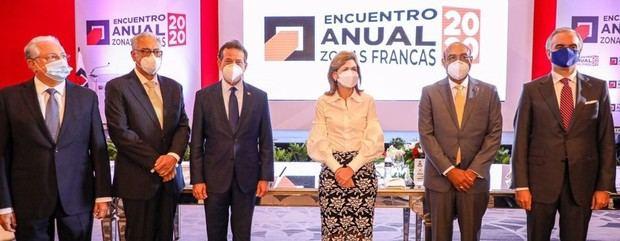 MICM y ADOZONA presentan plan de relanzamiento de zonas francas para convertir a RD en Hub Industrial en el Caribe
