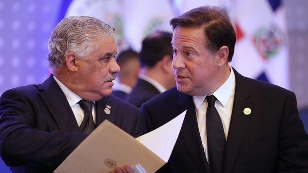 Canciller Miguel Vargas y pte. Varela
