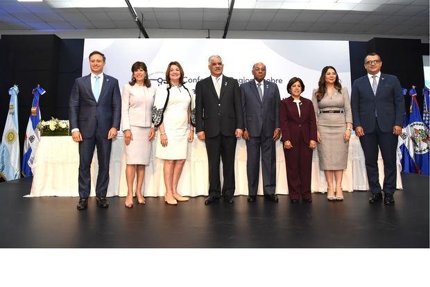 Jean Alaín Rodríguez, Robin Bernstein, Vanessa Ruiz, Miguel Vargas, Milton Ray Guevara, Nancy Salcedo, Kenia Lora y Román Jáquez.