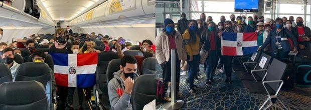 Dominicanos regresando de Colombia.