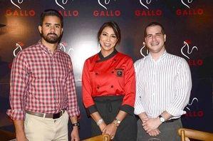 Juan Miguel Sosa, Gabriella Reginato y  Thomas Pichardo