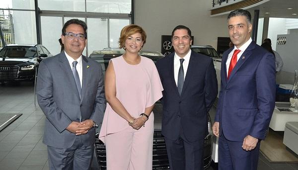 Empresas ofrecen un cóctel con motivo del Audi Sedan Summer Sale