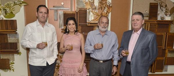 Antonio Álvarez (Hijo), Carolina Ovalle, Sergio Mourelle y José Antonio Álvarez