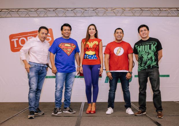 Mario Medina, Arturo Marroquín, Lorena Gutiérrez, Carlos Butrón y Ubaldo Dedios.