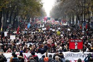 Francia afronta el espectro de una Navidad perturbada por la huelga.