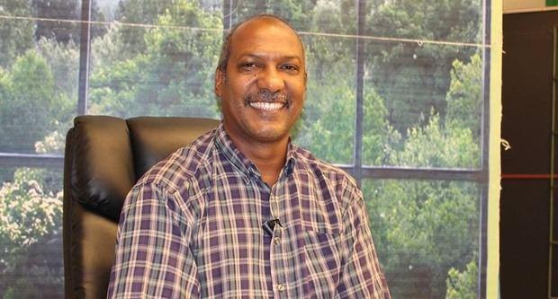 Francis De León, presidente del Colegio de Periodista en la seccionar Duarte.