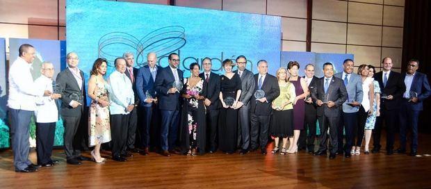 Protagonistas del turismo dominicano reconocidos por ADOMPRETUR.