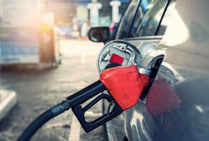 Precios de combustibles sufren ligeras alzas.