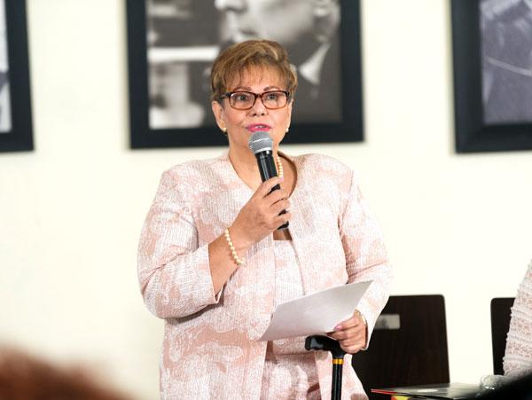 """Presentan iniciativa """"Coaching Para Mujeres Bien Tratadas"""""""