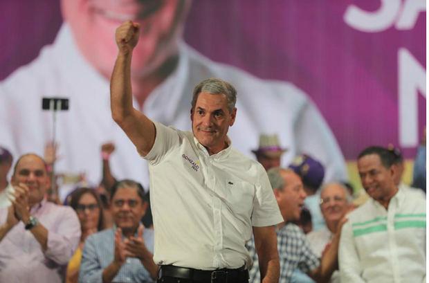 Gonzalo castillo repunta en el seno de la población, su popularidad mejora en un 40.1% en la intención del voto.