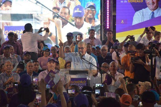 El precandidato presidencial del Partido de la Liberación Dominicana, PLD, Gonzalo Castillo proclamó que irá al  Palacio Nacional a hacer cosas útiles al país.