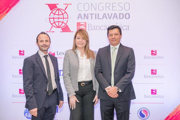 Gonzalo Vila, Eliana Díaz y Oscar Moratto